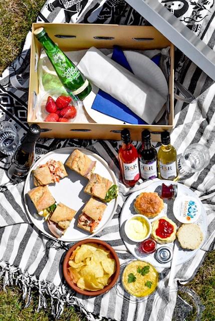 Premium picnic